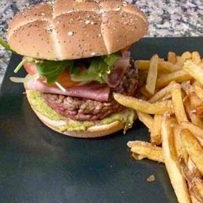 Restaurant spécialités burgers à Carcassonne - La P'tite Table